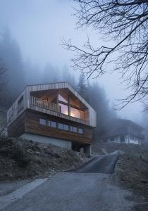 PhotoMountain House